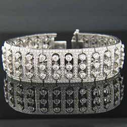 GAJRA Bracelet with Diamonds